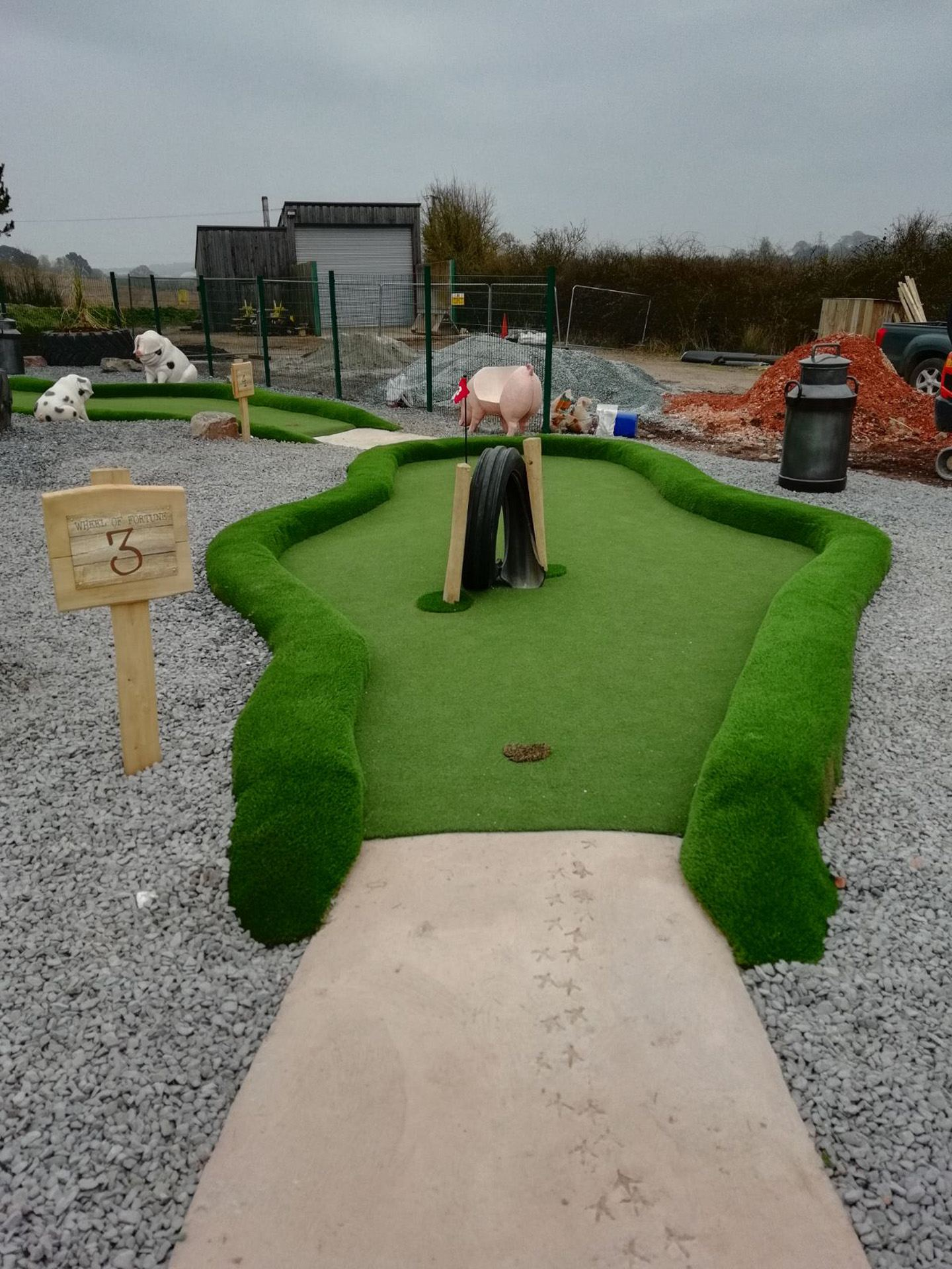 PPG - Complete Adventure Golf services